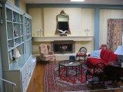 Salon urządzony w stylu eklektycznym